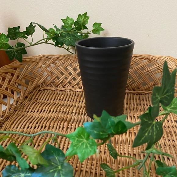 LAST CHANCE // MOVING  |   ripple planter 
